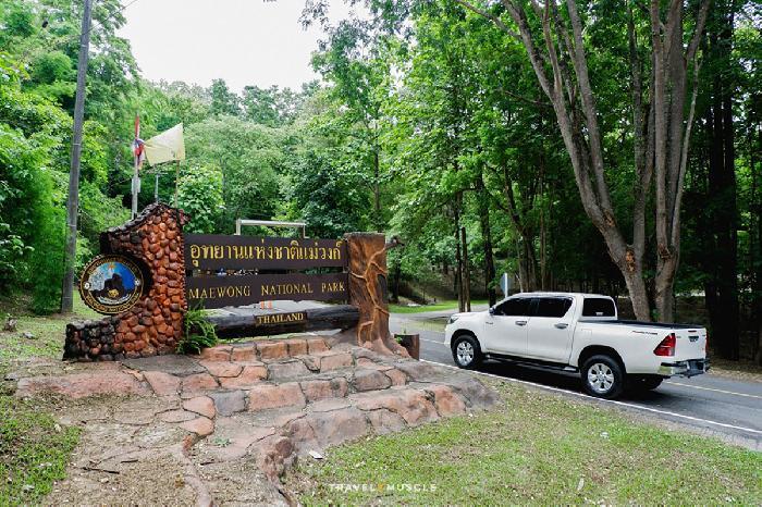 想深入泰國ㄧ日遊 看看泰國當地秘境風景 推薦泰國湄旺國家公園景色給你