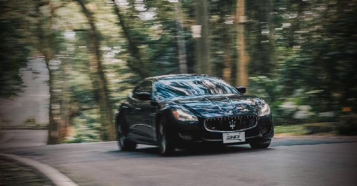 ▍一車一景點  x Maserati  x 冬日雨後貓空